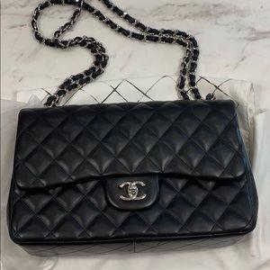 Chanel double flab lambskin jumbo classic bag